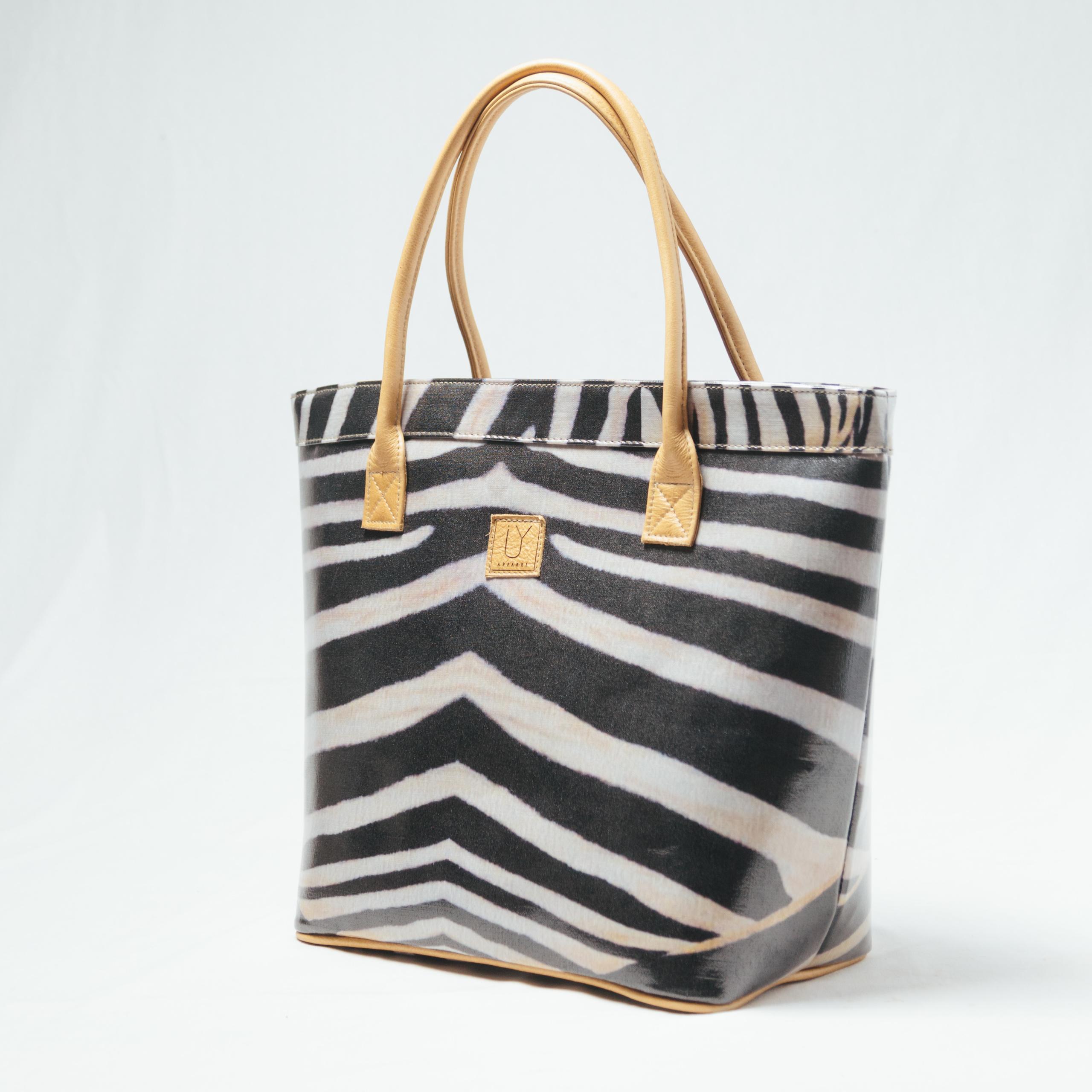 IY-Apparel-Classic-Tote-Zebra