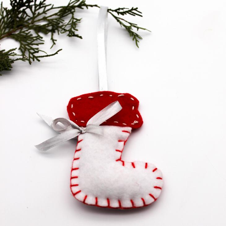 felt-christmas-boot