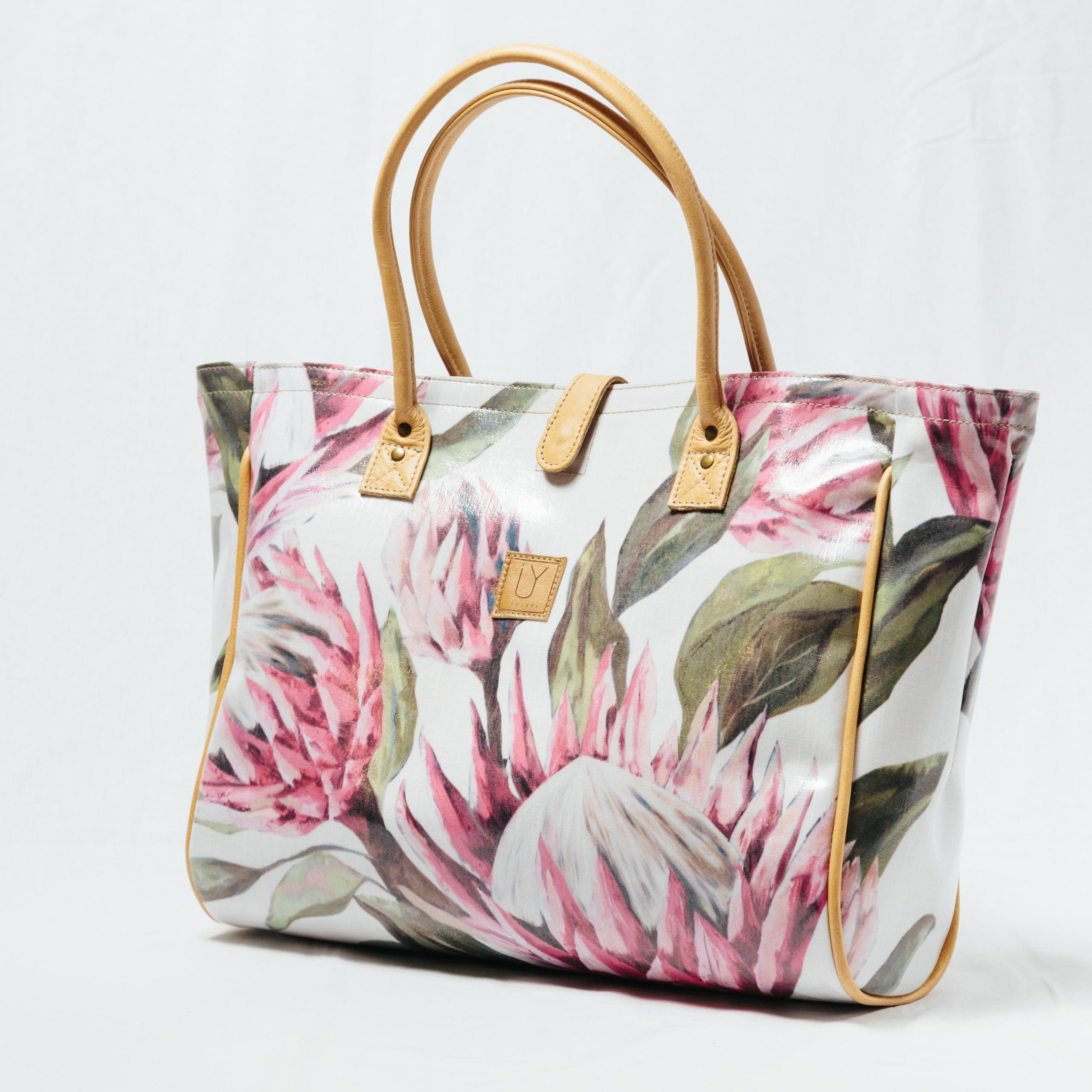 IY-Apparel-beach-bags-bright-king-white