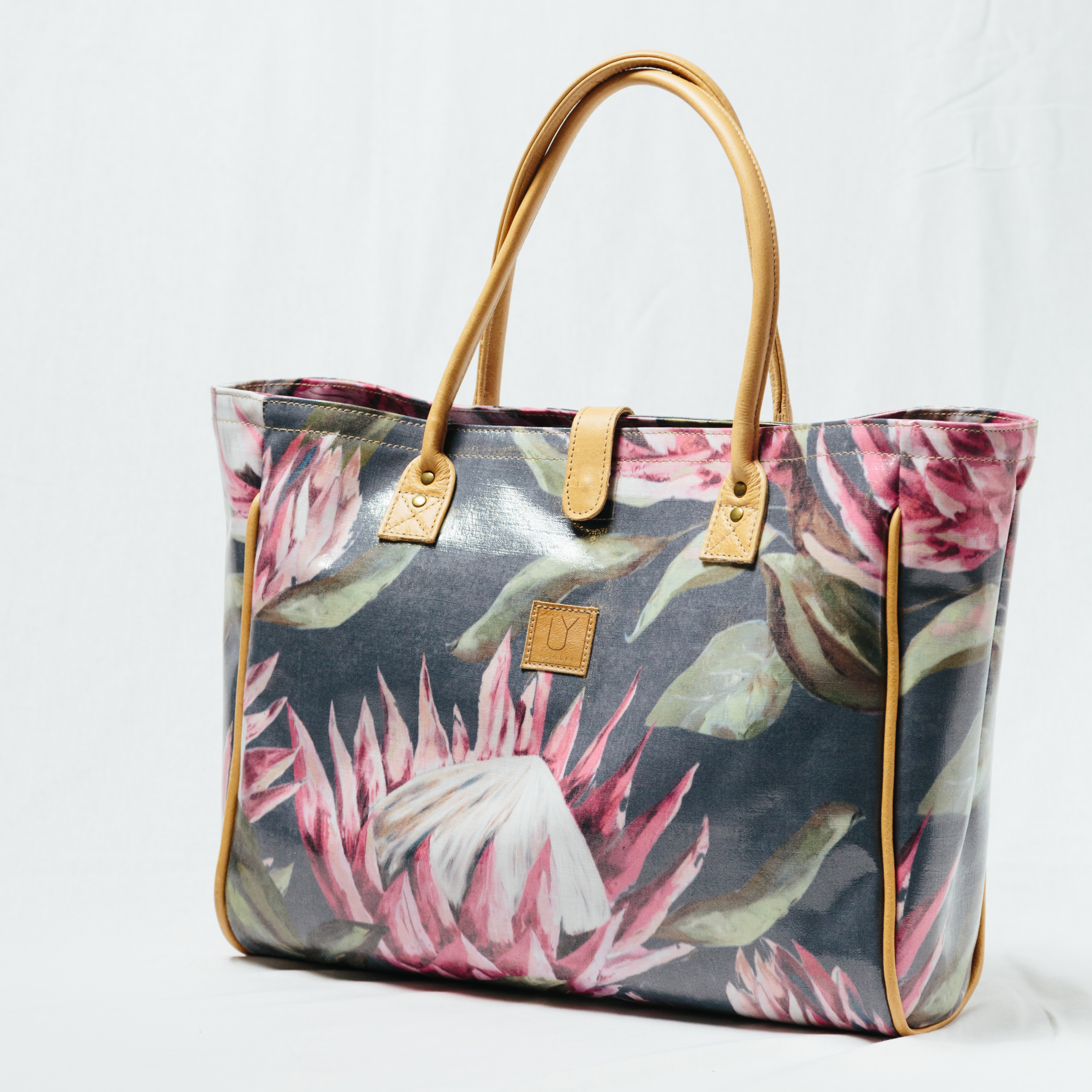 IY-Apparel-beach-bags-bright-king-grey