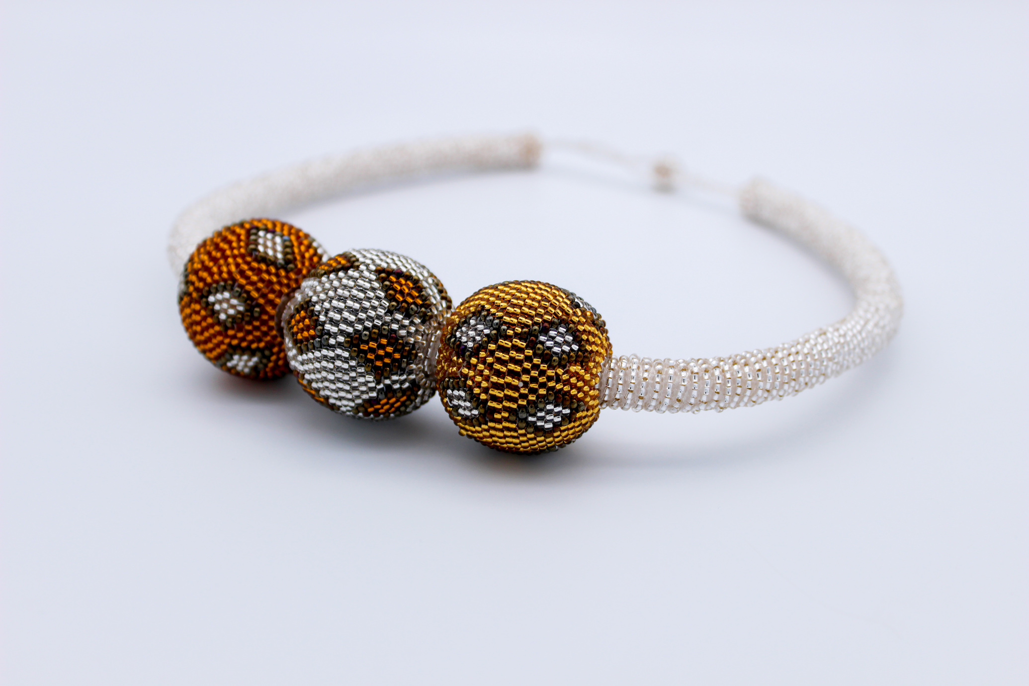 bauble-beaded-necklace-gold
