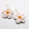 daisy-beaded-earrings