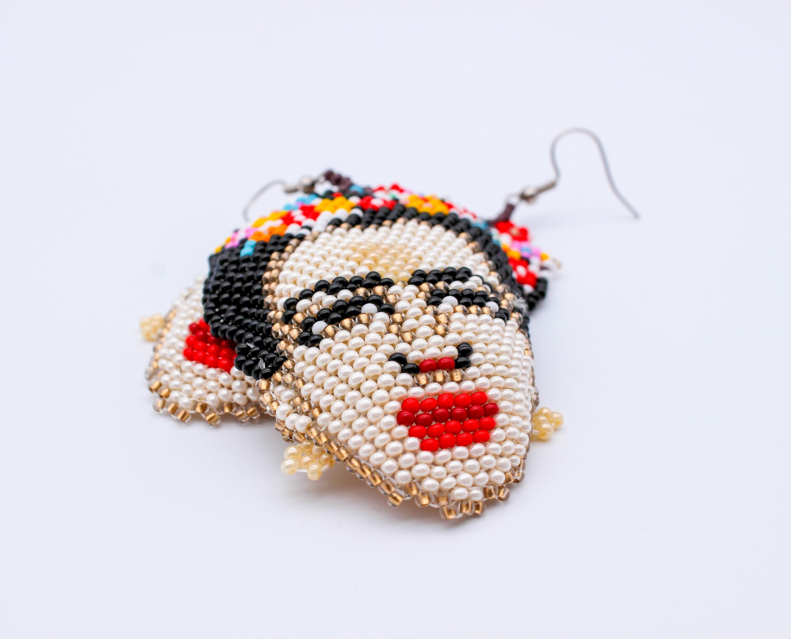 frieda-flower-beaded-earring