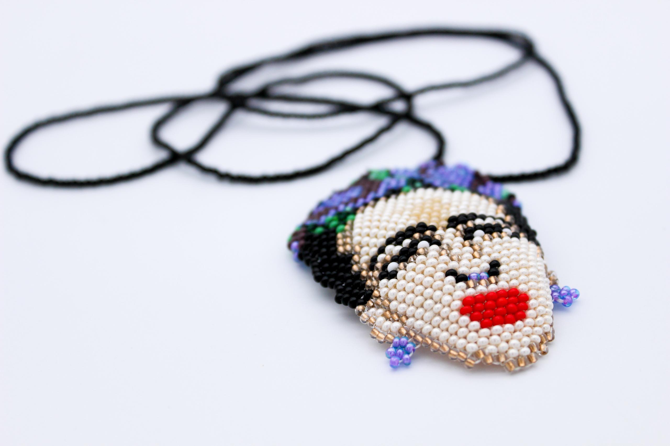 frieda-beaded-necklace-close-up