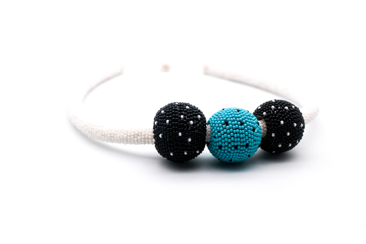 bobble-beaded-necklace-turquoise