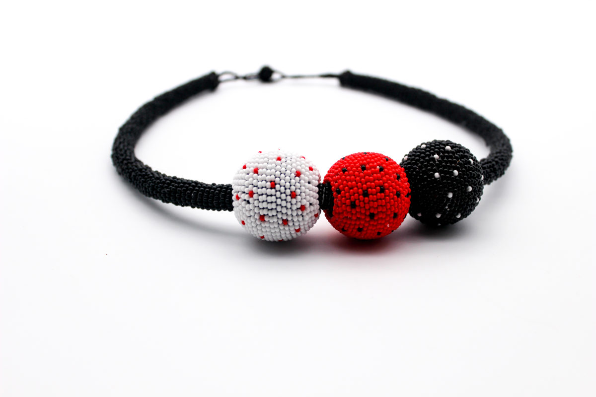 bobble-beaded-necklace-red