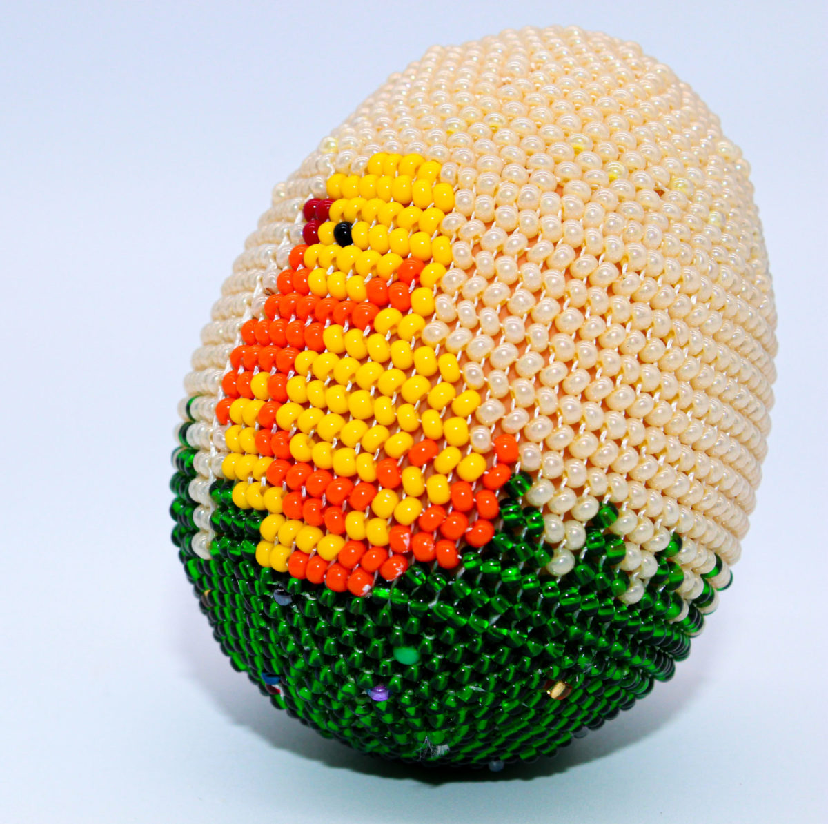 beaded easter egg chicken